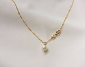 Infinite necklace, Gold necklace, bridesmaid necklace, freshwater pearl necklace, Eternity Jewelry, Birthday gift, wedding jewelry, mom gift