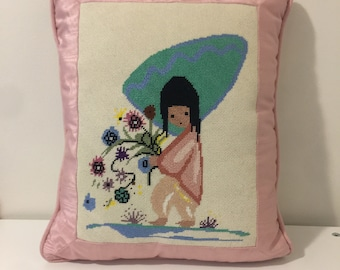 Vintage Cross Stitch Kitsch Pink Pillow Granny Cottage Stitch Embroidered Pillow Florwes Art Deco Fancy Decorative Pink Shabby Pillow