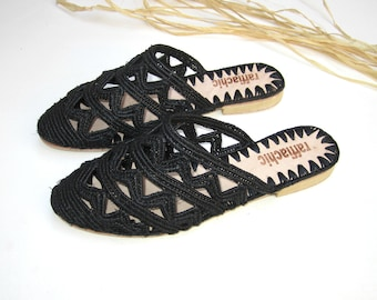 Moroccan handmade shoes made of natural raffia,  and soles real leather. raffiachic
