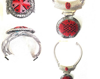 embroidered Palestinian Accessories necklace and bracelet اكسسوار فلسطيني