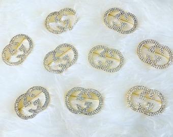 Designer inspired brooch pin