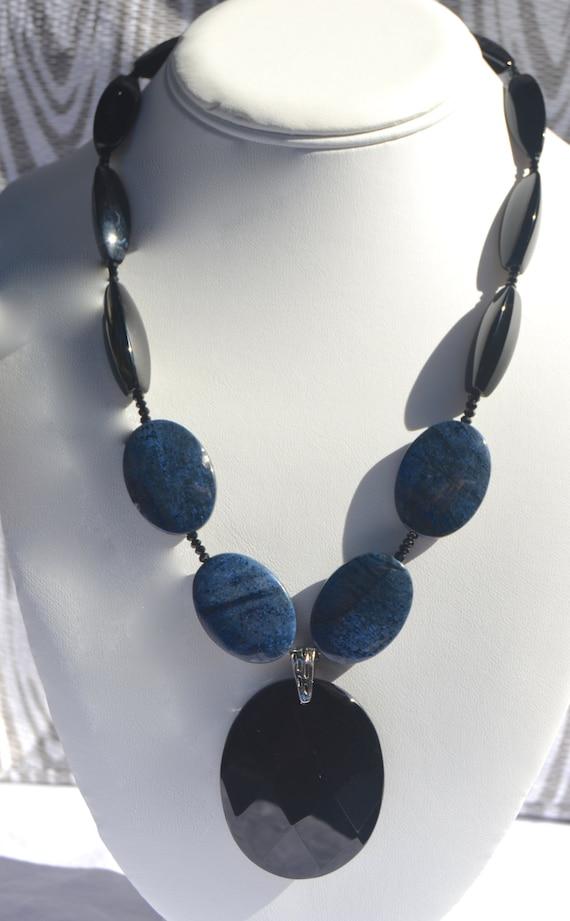 "18"" Black Onyx and Lapis Necklace"