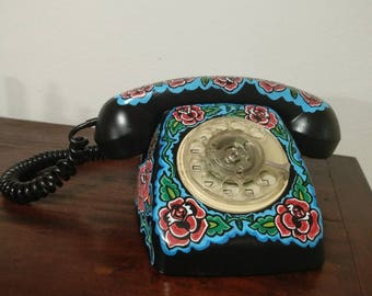 80s Telephone Roses Tattoo Black