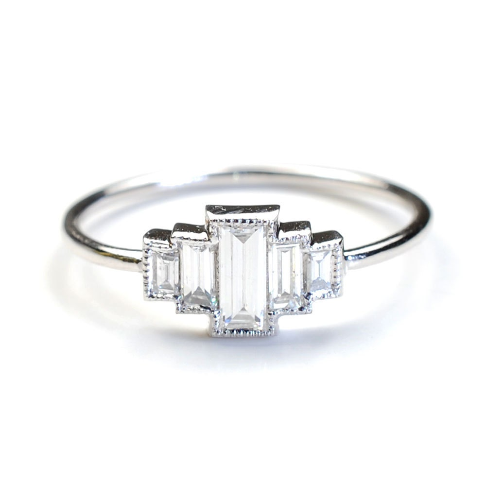 diamond with baguette rings band platinum engagement products ring halo graduated