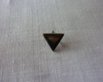 Triangle Stud each side measuring 1 cm