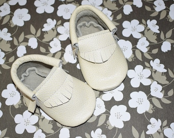 Baby Moccasins, Cream Moccasins, Baby Moccasins in Cream, Leather Baby Moccasins, Baby Gifts