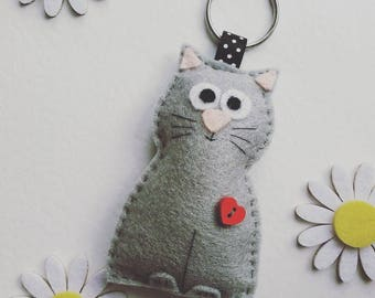 Handmade Felt Cat / Keyring / Keychain / Hand Sewn / Quirky / Gift For All / Original Felt Make / Hand Cut / Cut Lover