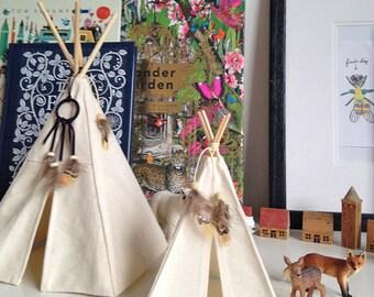 Tiny Teepee tent, Mini Teepee, Dolls teepee tent, Miniture play teepee, mini tipi, Little Teepee,