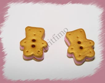 """Button """"Strawberry biscuit bear"""" in fimo"""