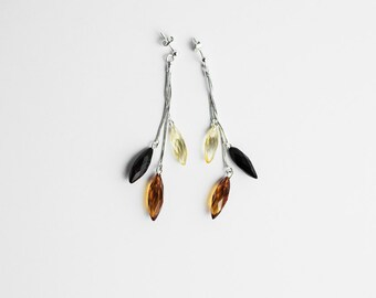 Faceted mixed amber earrings / Amber dangle earrings