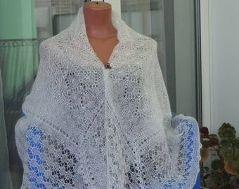 """Shawl-spider web feather """"Air gift"""""""