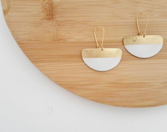Earrings half moon, white, Japanese paper, resin, women