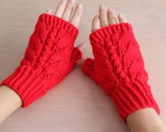 Womens red knit fingerless gloves