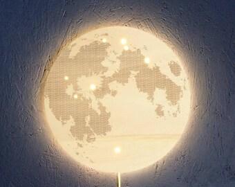Bright applique L.U.N.E