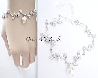 Pearl wedding bracelet Swarovski pearl bracelet Crystal bracelet Flower Leaves and Branches bracelet Wedding Bridal Jewelry Brides bracelet