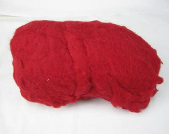 1 LB Core Wool Red - needle felting – spinning - wet felting - stuffing