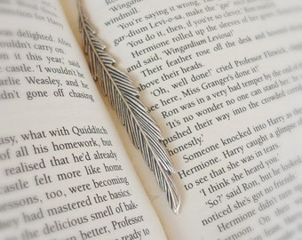 Wingardium Leviosa Feather Bookmark - Metal Bookmark Harry Potter inspired, Choose your House Gryffindor, Ravenclaw, Slytherin or Hufflepuff