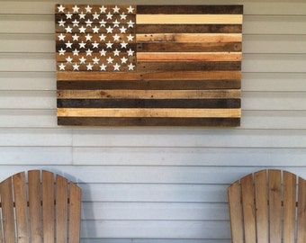 """Reclaimed pallet american flag hanging wall art 40"""" long x 25"""" wide natural"""