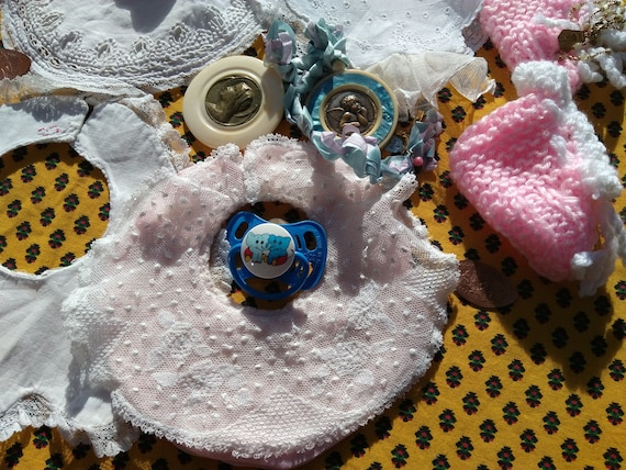 Antique Pink Baby Bib White Cotton Tulle Cover Embroidered Collectible Doll Clothing #sophieladydeparis