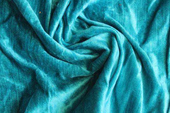 tissu viscose velours coton bleu turquoise par le triage. Black Bedroom Furniture Sets. Home Design Ideas