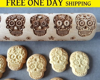 Sugar Skulls engraved rolling pin + Cookie cutter & FREE Shipping