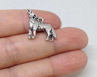10pcs Coyote Charm, Animal Charm, Howling Coyote charm, Howling Wolf Charm