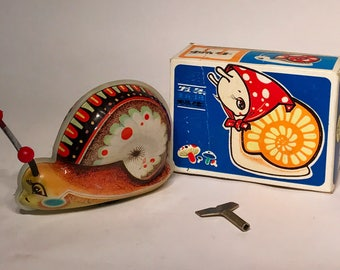 Vintage 1970s Woniu Niuom Tin Litho Wind Up Toy Snail With Original Box Working Korea