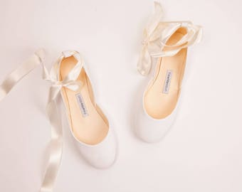 The Wedding Ballet Flats in Light Ivory | Leather Lace Up Bridal Shoes  | Spring Wedding | Light Ivory with Satin Ribbons | Ready to Ship