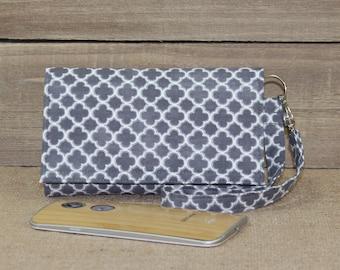 Cell Phone Wallet Wristlet, iPhone Wallet, Fits Most Smartphones, iPhone 7 Plus Wristlet, Samsung Galaxy, Lg, Nexus / Gray White Quatrefoil