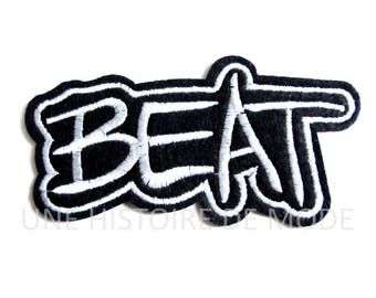 "Patch, badge fusible ""BEAT"" Word to sew or iron 92 x 47 mm - Applique - embroidery - patched - patch sewing - sewing notions"