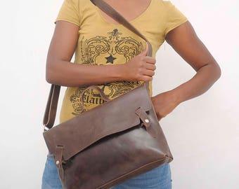 Crossbody Leather bag women messenger bag leather satchel  laptop bag Women work bag leather minimalist  messenger bag Brown leather bag