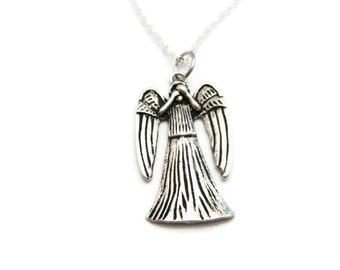 Weeping Angel Necklace, Angel Necklace Angel Gift, Weeping Angel Jewelry, Whovian Necklace