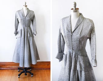 40s dressing gown, vintage 1940s dress, gray silver + black floral hostess dress, extra small xs