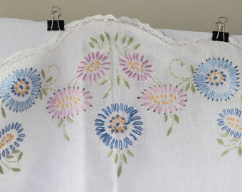 Long rectangular Rounded Edges Scalloped  Linen Table Runner floral flowers needlework needlepoint garden