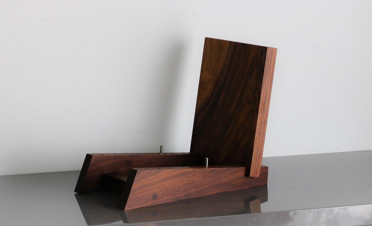 modern vinyl lp record storage display holder in walnut holds. Black Bedroom Furniture Sets. Home Design Ideas