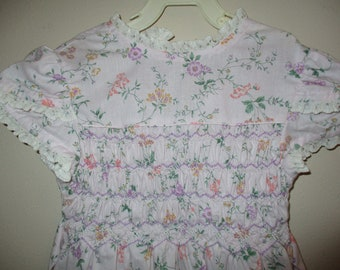 Vintage Polly Flinders Light Lavender Floral Dress, Size 6