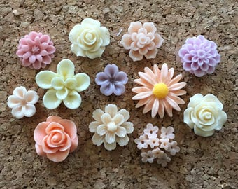 Flower thumbtacks or magnets set of 12 - #228