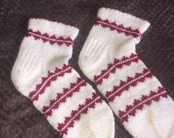 Bed socks hand knitted