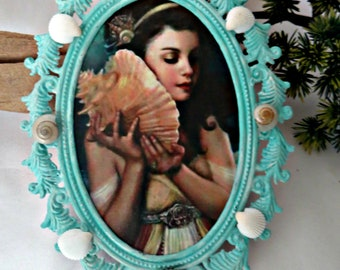 Beach home decor_Aqua Frame_ Pretty girl with seashell in aqua painted frame_coastal chic_mothers day gifts