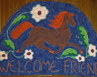 Hand-hooked Welcome Friend Rug
