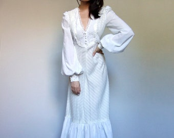 70s Maxi Dress White Dress Peasant Dress Long Sleeve Maxi Boho Wedding Dress Ruffle Dress White Maxi - Extra Small XXS XS