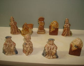 9 Wade Nursery Rhymes Figurines