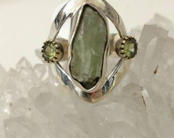 Rough Green Kyanite, Peridot & 925 Sterling Silver Ring, Size 7 1/2.