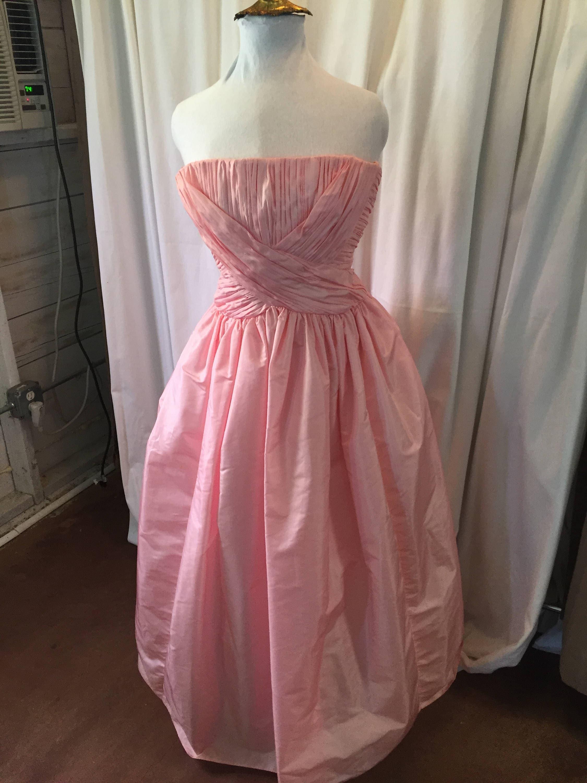 Vintage vestido sin tirantes de Victor Costa largo rosa