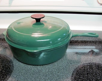 Le Creuset Cast Iron Chicken Fryer Deep Skillet with Lid - GREEN