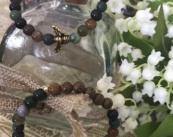 I'll BEE buzzing bracelet duo