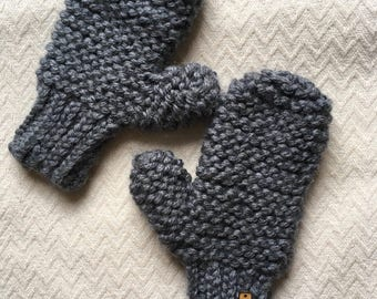 The Lila Mittens: Acrylic // Super Chunky Knit // Women's Mittens // Vegan Mittens