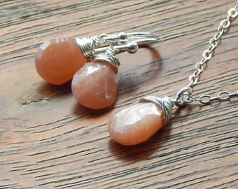 Moonstone Necklace And Earrings Set,Peach Moonstone,Peach,Wire Wrapped Gemstones,June Birthstone,June Birthday,Choose Your Finish