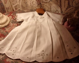 A vintage dress embroidered, small, child size