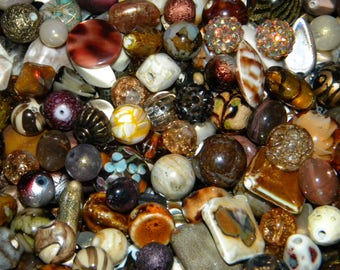 NEW 100/pc Jesse James Beads MIXED Destashed BROWNS component , Loose assorted random Picked beads